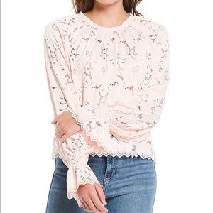 FREE PEOPLE Olivia Lace Top Light Pink